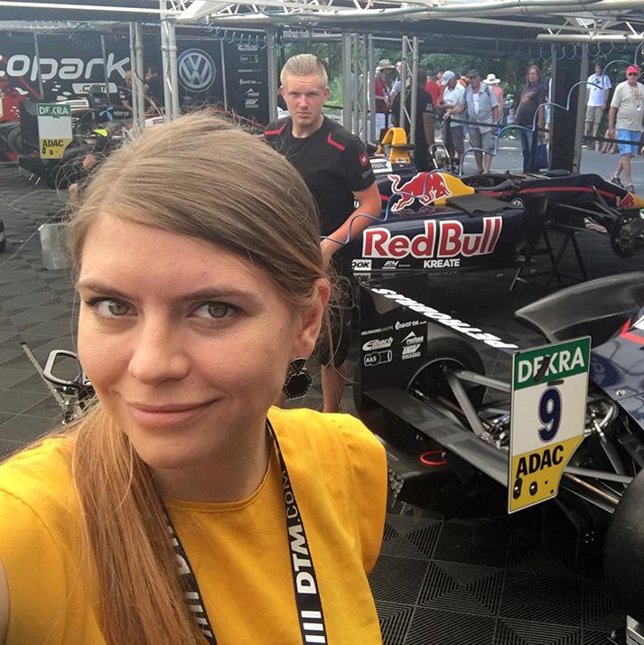 Julia Bruns am Norisring in Nürnberg für Team Moopark.