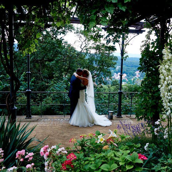 Tina und Björn auf dem Wernigeröder Schloss, Dchlossterrassen, Wernigerode, Hochzeit, Wedding, Hochzeitsfotografin Wernigerode. Foto: Julia Bruns