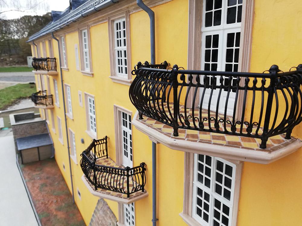 """Blankenburg Großes Schloss im Miniaturenpark """"Kleiner Harz"""""""